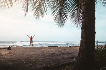 1 COSTA RICA